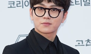 South Korean singer Yong Jun-hyung of boy band Highlight who says his behaviour was 'extremely unethical'.