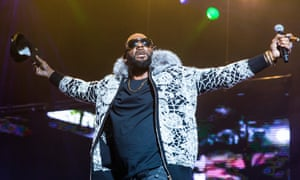R Kelly performing in Detroit in February.