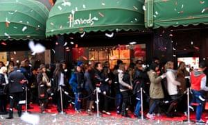 Harrods Winter Sale queues
