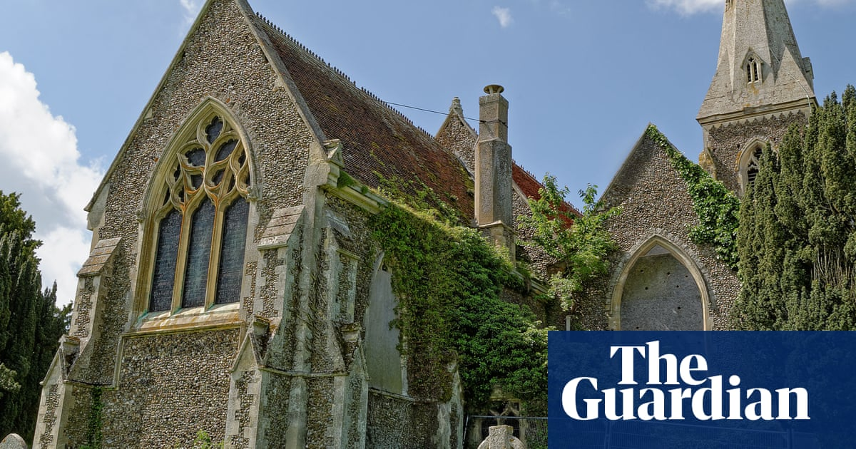 Church of England traditionalists launch fight against worship in 'takeaway, cinema or barn'