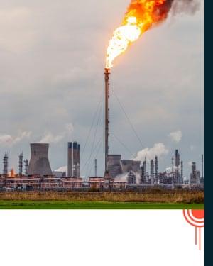 oil fracking site burning methane