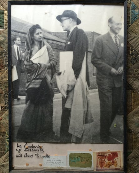 Minnette de Silva and Le Corbusier at the 1947 Congrès Internationaux d'Architecture Moderne … photograph in frame at Helga's Folly with sketches by Le Corbusier (photographer unknown), Kandy, Sri Lanka.
