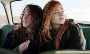Alice Englert and Elle Fanning in Ginger & Rosa (2012).