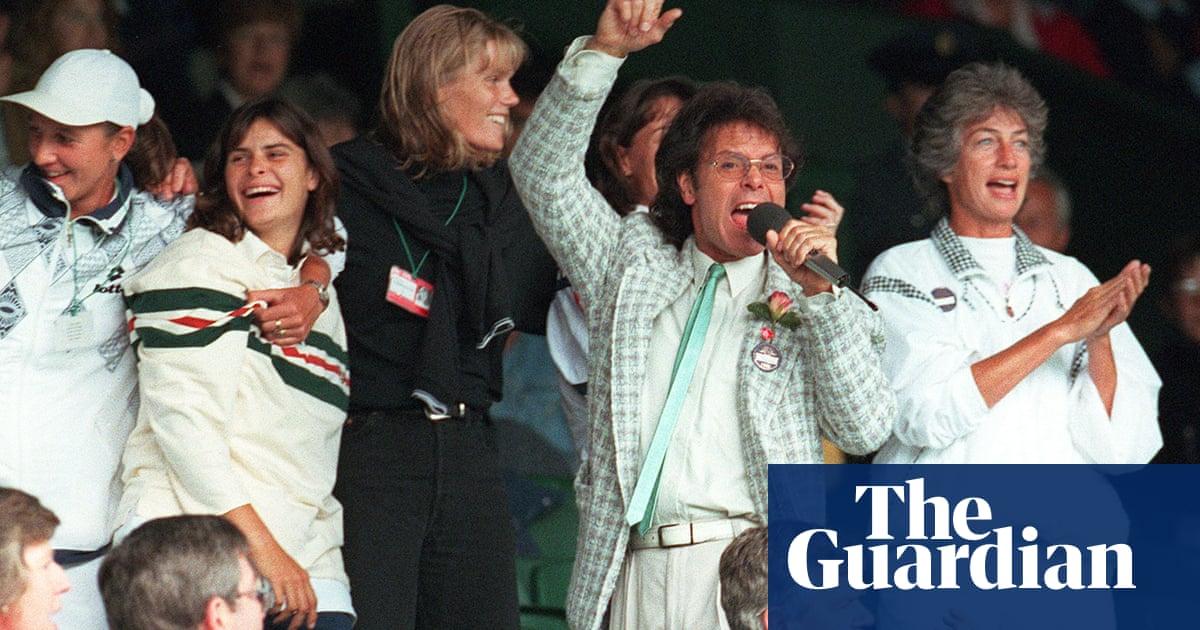 Le Tour, Platini v Zidane and Cliff Richard's Wimbledon silver jubilee