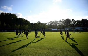 France players go through their paces in Japan.