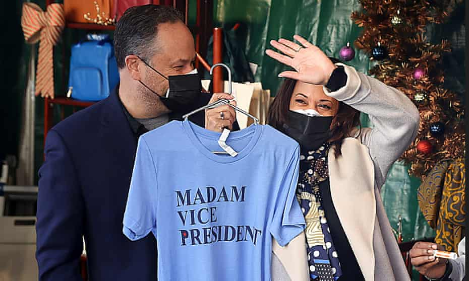 Kamala Harris and her husband Doug Emhoff shop in Washington DC.