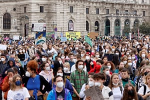 Austrian students take to the streets in Vienna