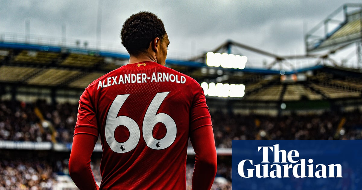 Liverpools joy of six, United adrift and a leaping policeman – Football Weekly