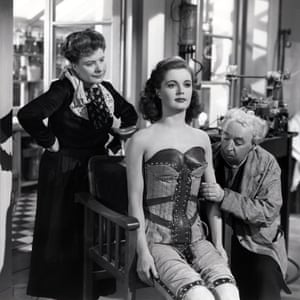 Irene Handl, Patricia Roc and Miles Malleson in The Perfect Woman (1949).