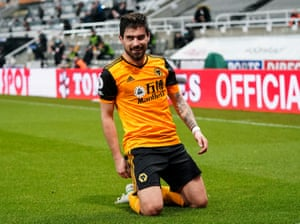 Ruben Neves of Wolverhampton Wanderers scores and celebrates 1-1