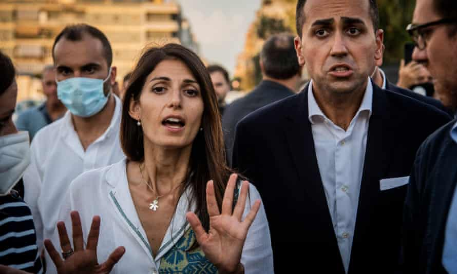 Rome mayor Virginia Raggi campaigning in Ostia with Italian foreign minister Luigi Di Maio.