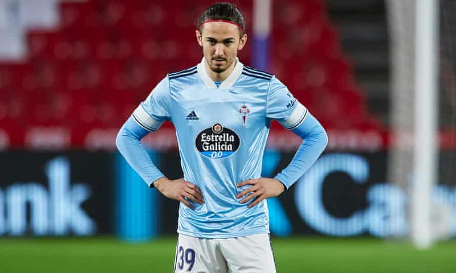 Jordan Holsgrove of Celta Viga looks on during the La Liga match against Granada in January 2021.