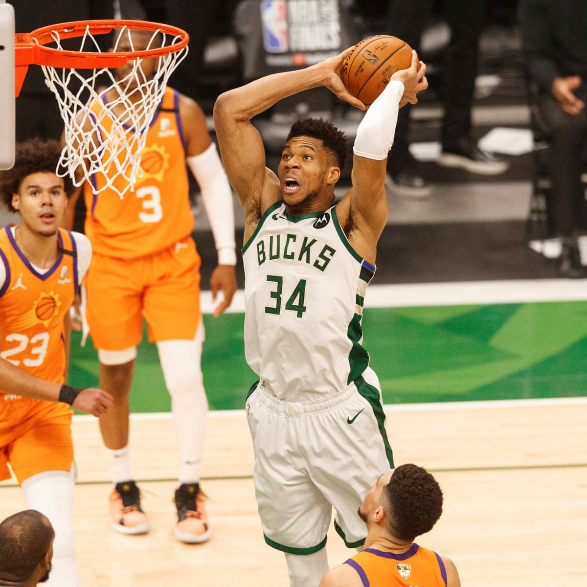 Nba Finals 2021 Game 4 Phoenix Suns 103 109 Milwaukee Bucks As It Happened Sport The Guardian