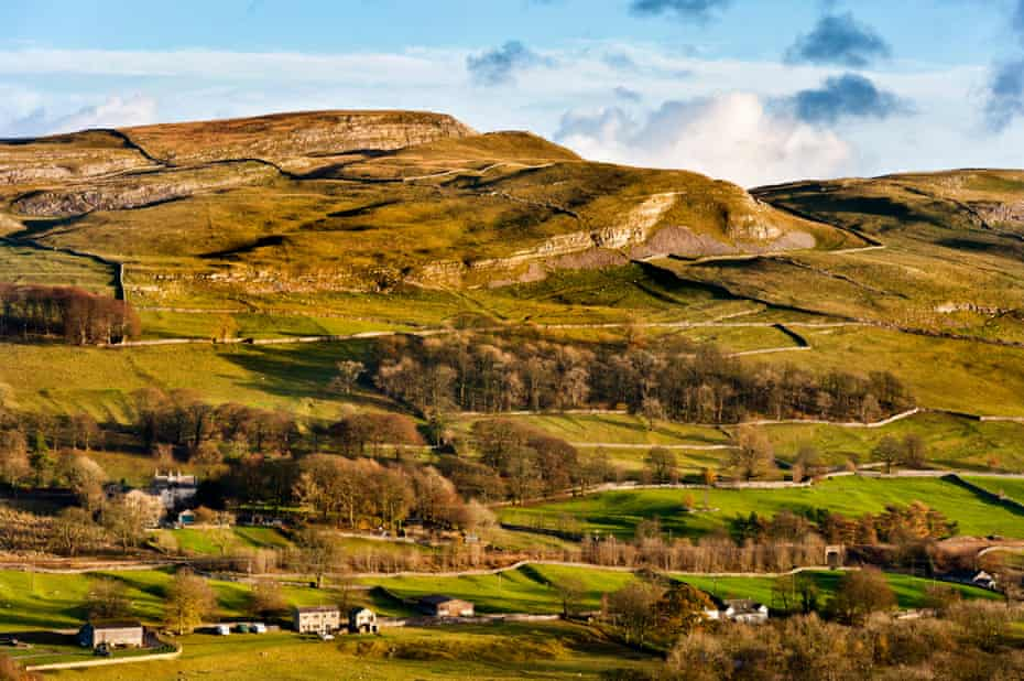 Warrendale Knotts and Ribblesdale, between the town of Settle and Langcliffe village, North Yorkshire