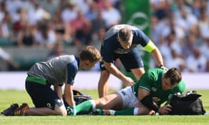 Cian Healy was forced off with an ankle injury at Twickenham.