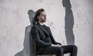 Tom Hiddleston in Betrayal.