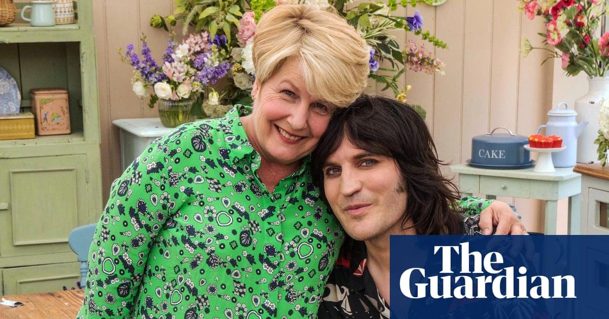 Sandi Toksvig quits as Great British Bake Off co-host