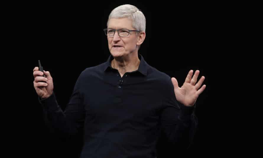 Apple's boss Tim Cook has made the firm's privacy features a selling point – which is tough for Mozilla.