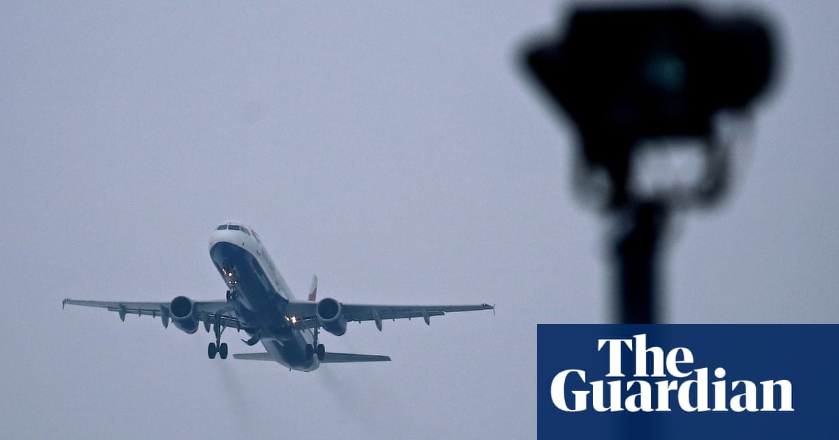 Pressure on UK as Germany backs ending free carbon permits for airlines