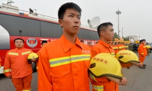 A mourning ceremony is held for the victims – many of them firefighters – of the explosions in Tianjin.