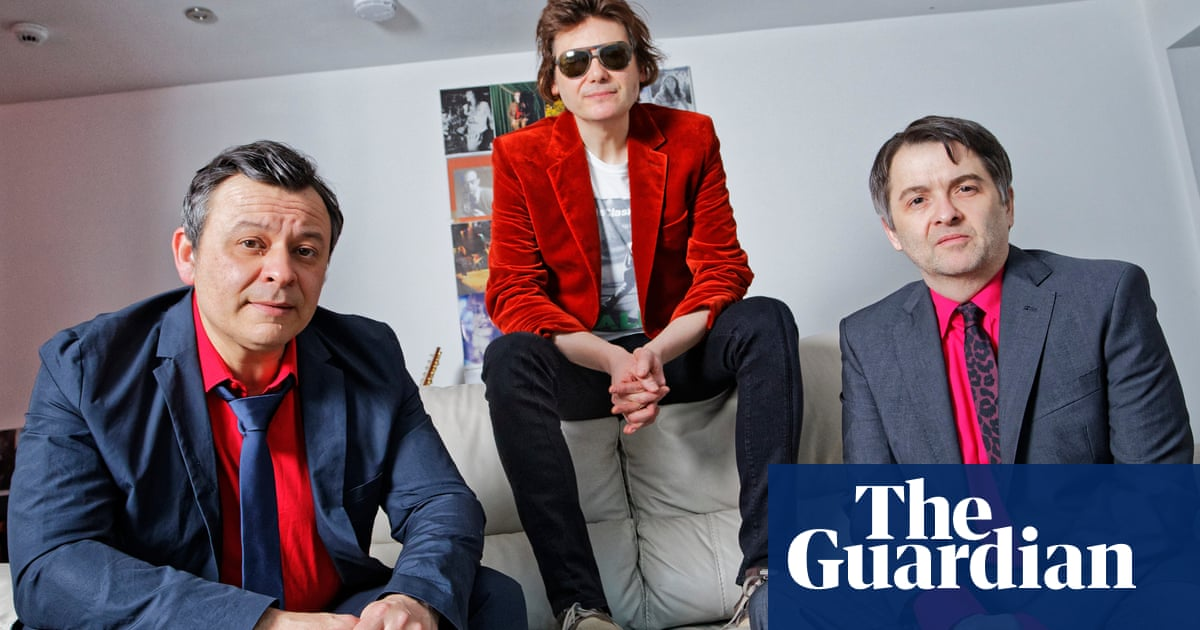 Manic Street Preachers announce free arena show for NHS workers