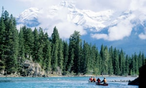 Canada, Alberta, the Rockies, Banff National Park, rafting on the Bow riverA7PAWA Canada, Alberta, the Rockies, Banff National Park, rafting on the Bow river