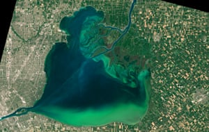 Algal blooms around the Great Lakes