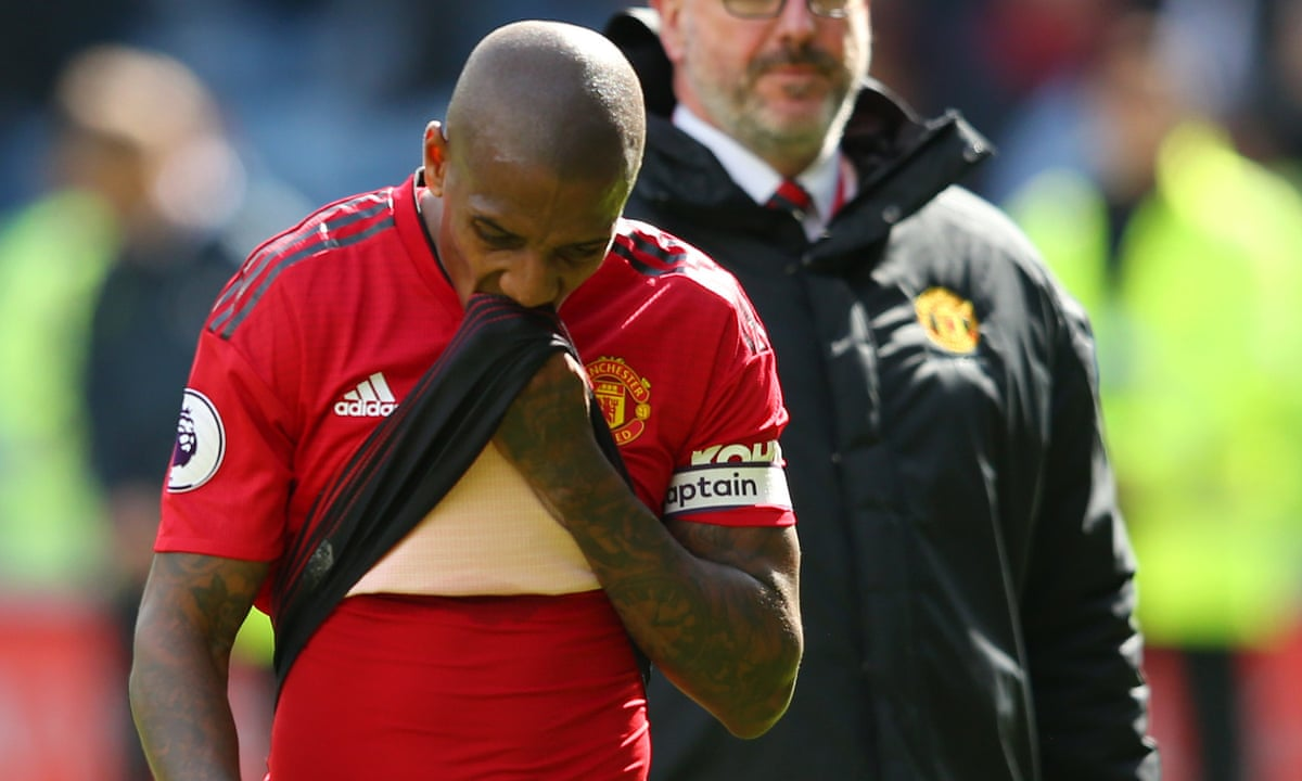 Manchester United S Top Four Failure Just Not Good Enough Admits Young Manchester United The Guardian