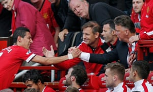 Ángel Di María struggled to adapt to Louis van Gaal 's style of play at Manchester United