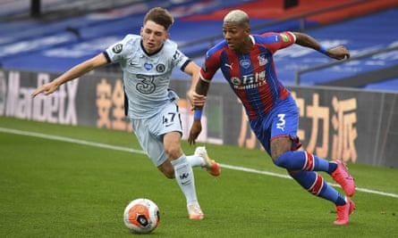 Chelsea's Billy Gilmour (left) and Crystal Palace's Patrick van Aanholt.