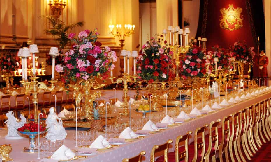 Table set for state dinner
