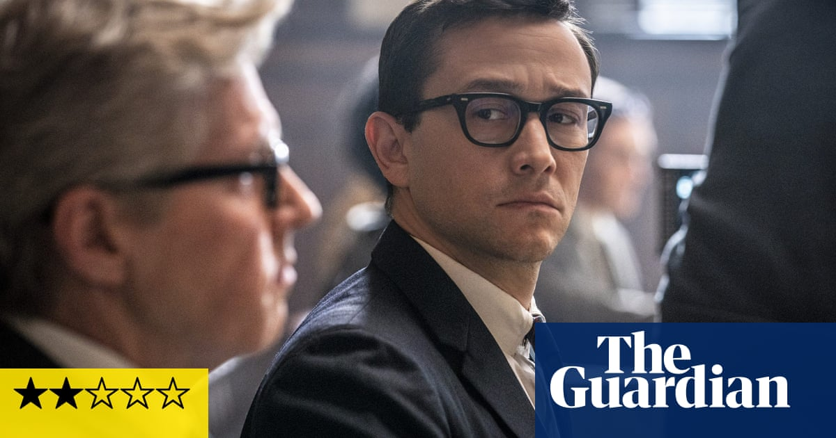 The Trial of the Chicago 7 review - totally exasperating court drama
