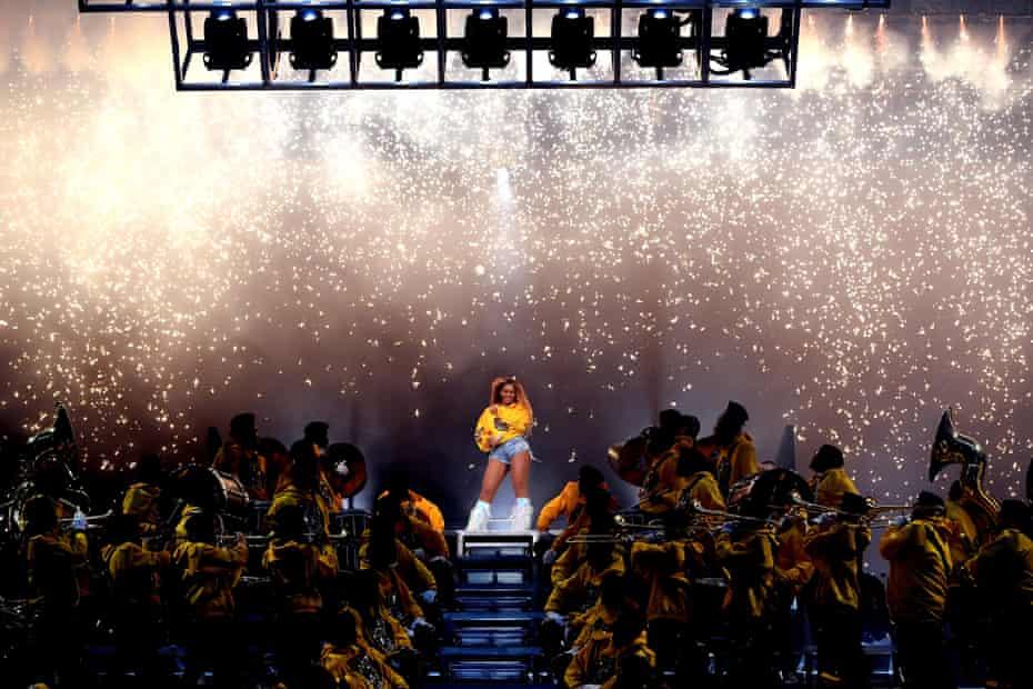 Beyoncé and her big band.
