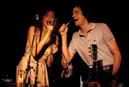Simon and James Taylor, to whom she was married for 10 years.