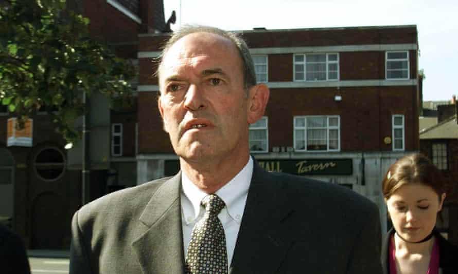 Ex-Superintendent Bernard Murray arrives at Leeds crown court on 21 July 2000.