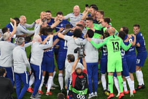 Chelsea's players celebrate after the final whistle.