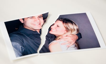 Does the divorce rate indicate a downturn?