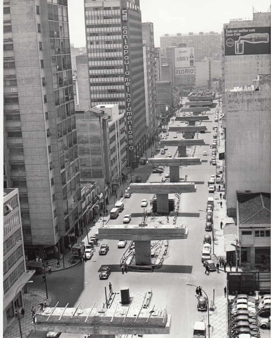 Amaral Gurgel Street – the route of the future Minhocão – in 1969