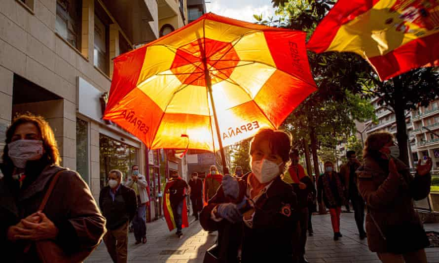 People in Logroño, the regional capital of La Rioja, protesting against the government's management of the coronavirus pandemic, May 2020.