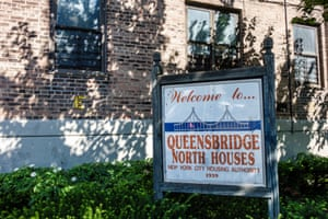 Erected in 1939, the Queensbridge Houses complex is home to roughly 15,000 New York City residents.