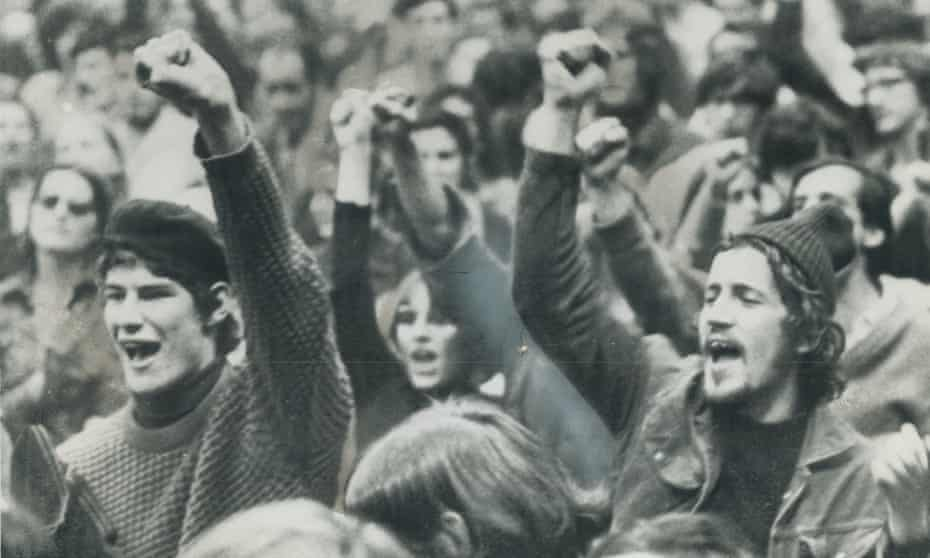 Montreal students chant FLQ slogans at the Paul Sauve Sports Arena in Montreal in October 1970. About 2;000 turned out for rally in support of the Quebec separatist group.