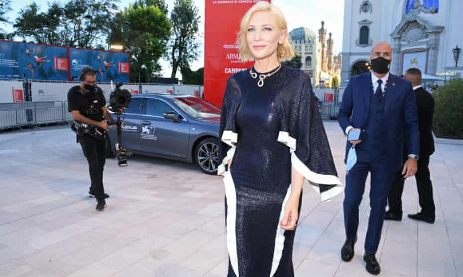 Cate Blanchett arrives on the red carpet at the 77th Venice film festival