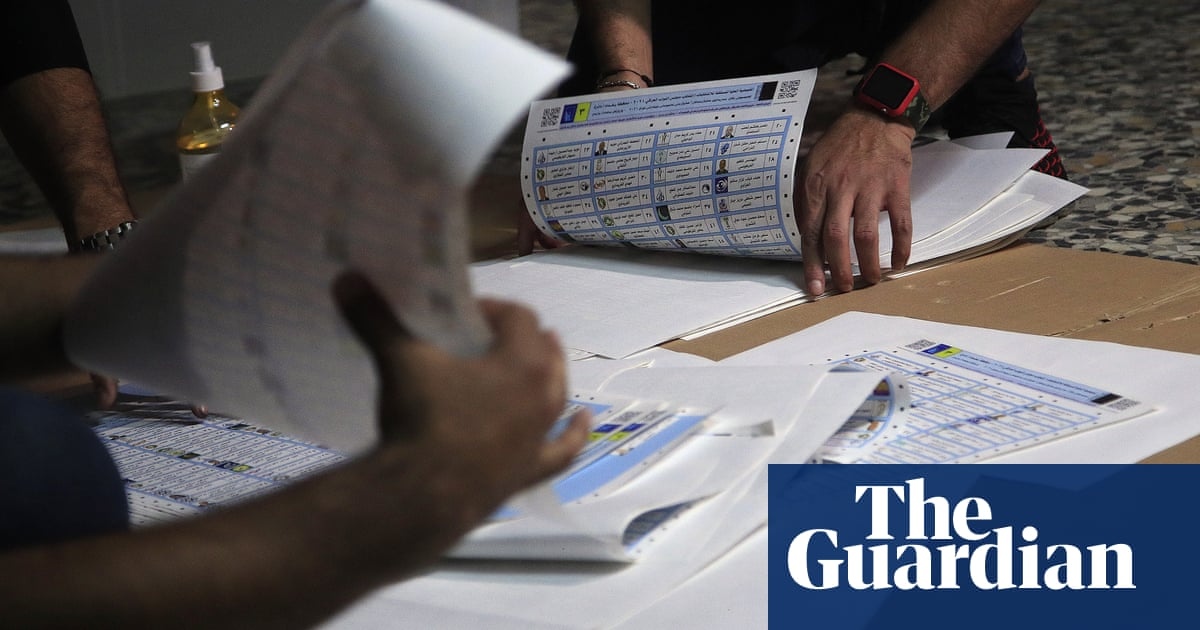 Turnout at Iraqi national election as low as 25% as many boycott polls