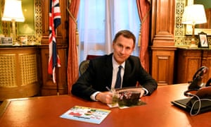Jeremy Hunt writes a Christmas card to the imprisoned journalists Wa Lone and Kyaw Soe Oo.