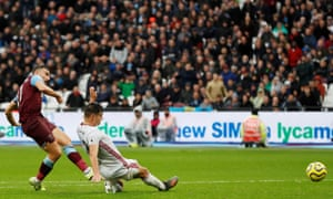 West Ham United's Robert Snodgrass slots the ball home to open the scoring.