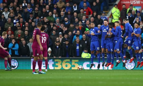 Manchester City sweep Cardiff aside and cruise into fifth round