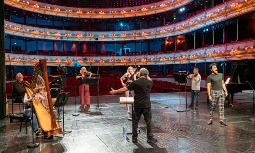 Filipe Manu (right), Antonio Pappano (centre) and soloists of the Orchestra of the Royal Opera House, rehearse for the third of their live-streamed galas