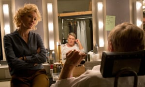 Cate Blanchett as Mary Mapes and Robert Redford as Dan Rather in Truth.