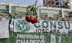 Flowers at Chapecoense's Arena Condá