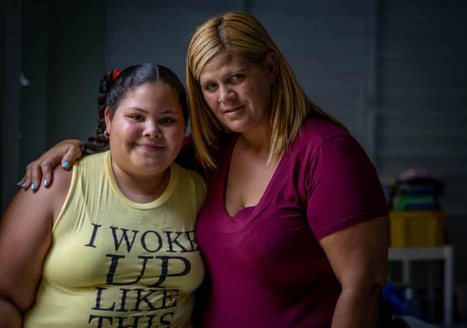 Sonielis, 10, and her mother Melisa, 37.